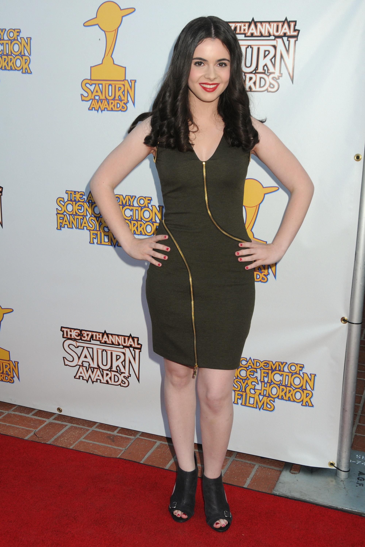 Vanessa Marano's Feet (437548)