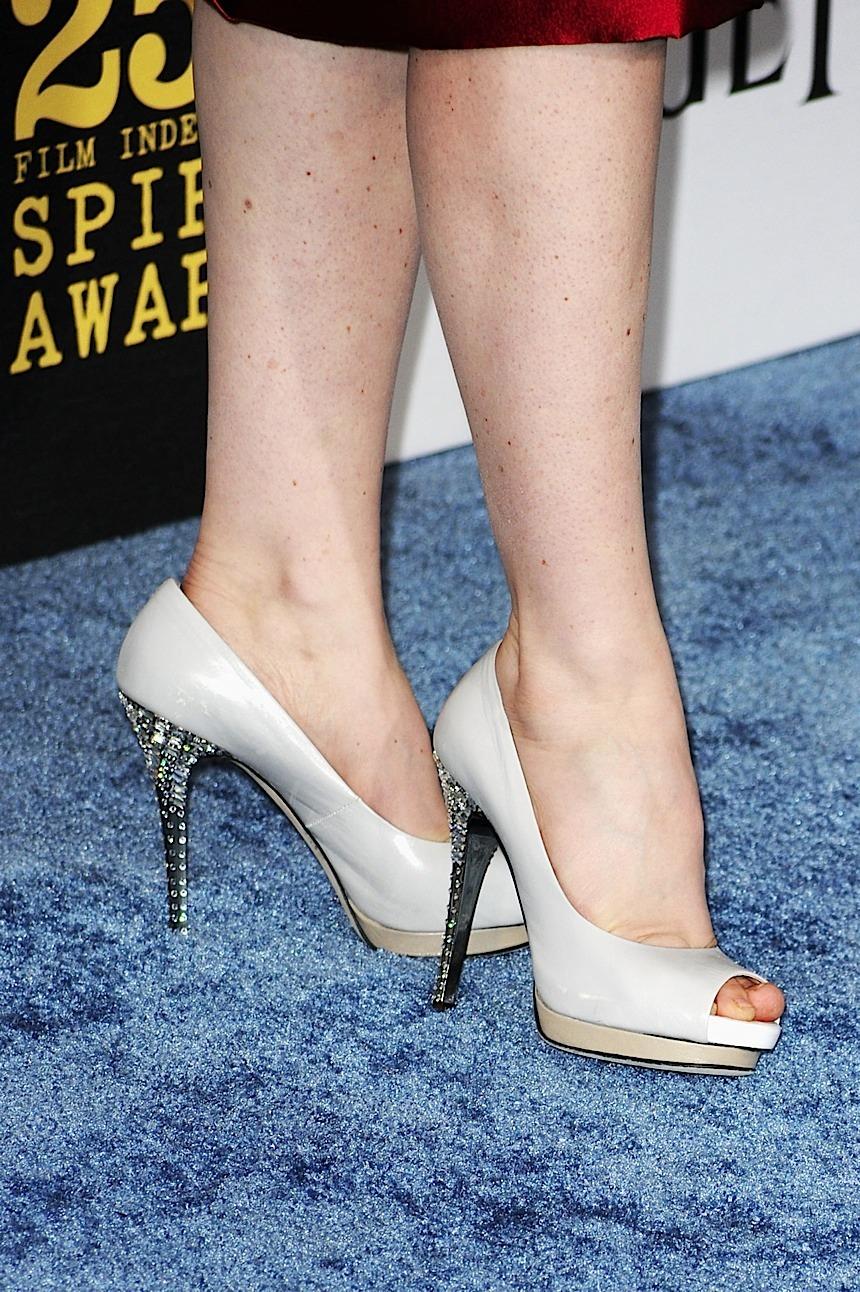 Vera Farmiga Feet