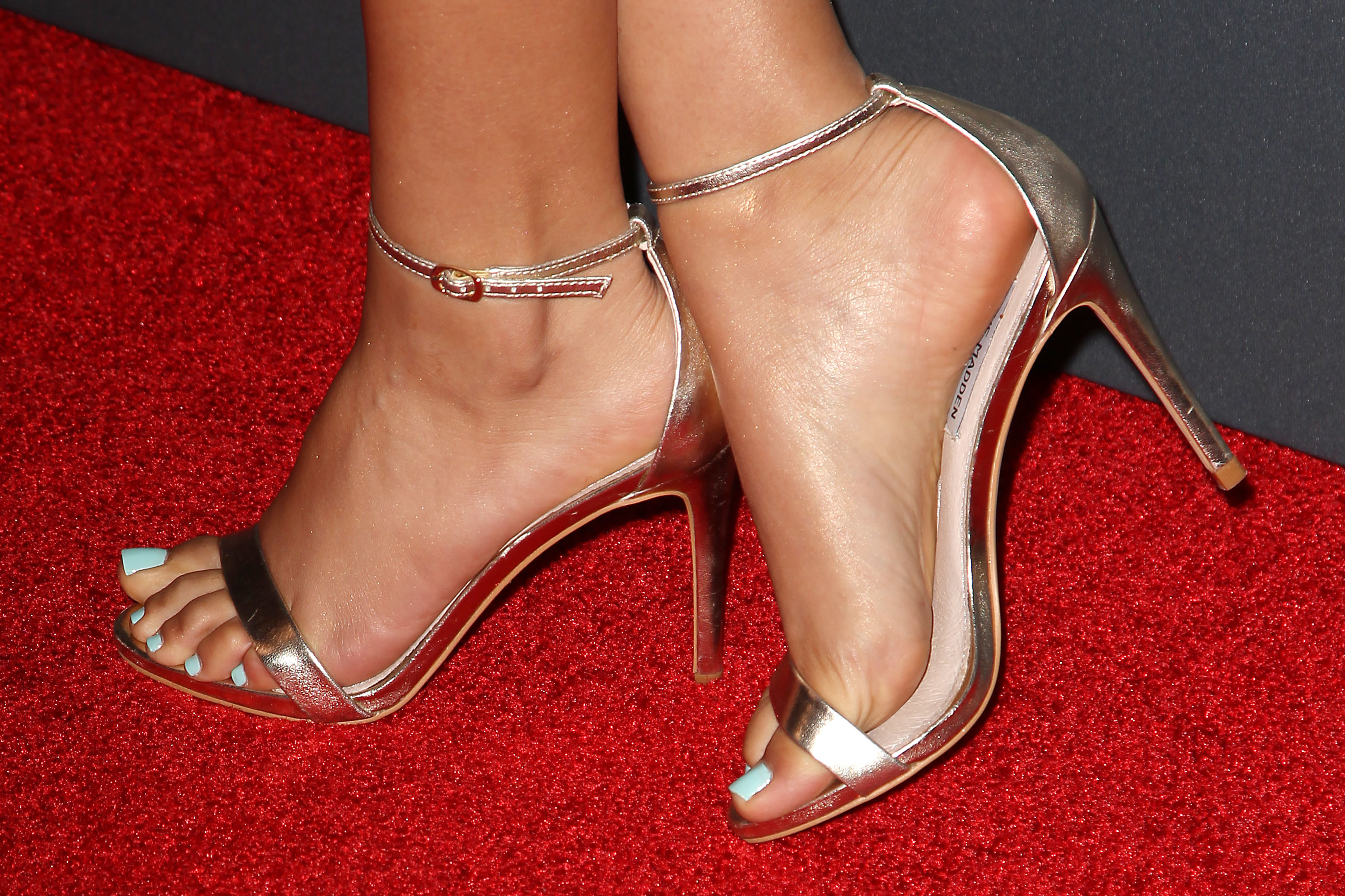 Celebrity Feet Nude Photos 54