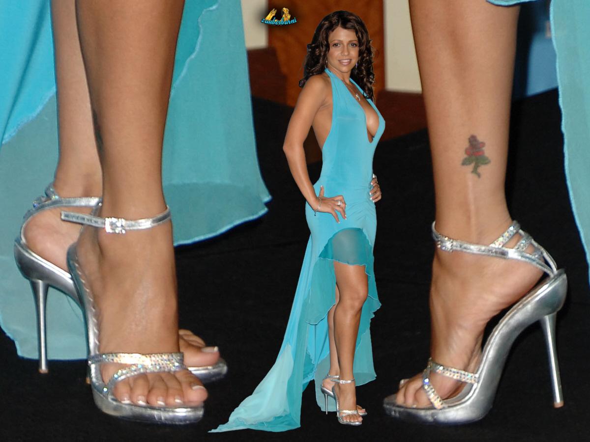 Feet Vida Guerra nude photos 2019