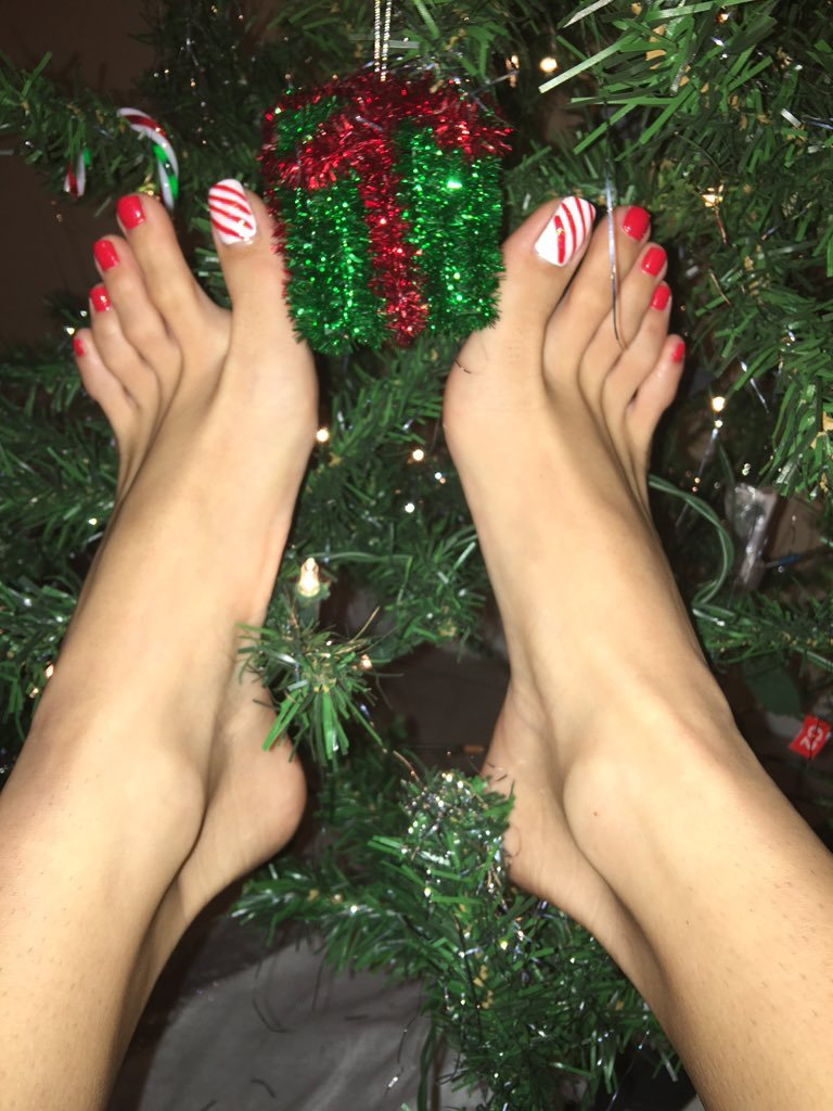 Free Violet Skye Feet Porn Videos from Thumbzilla
