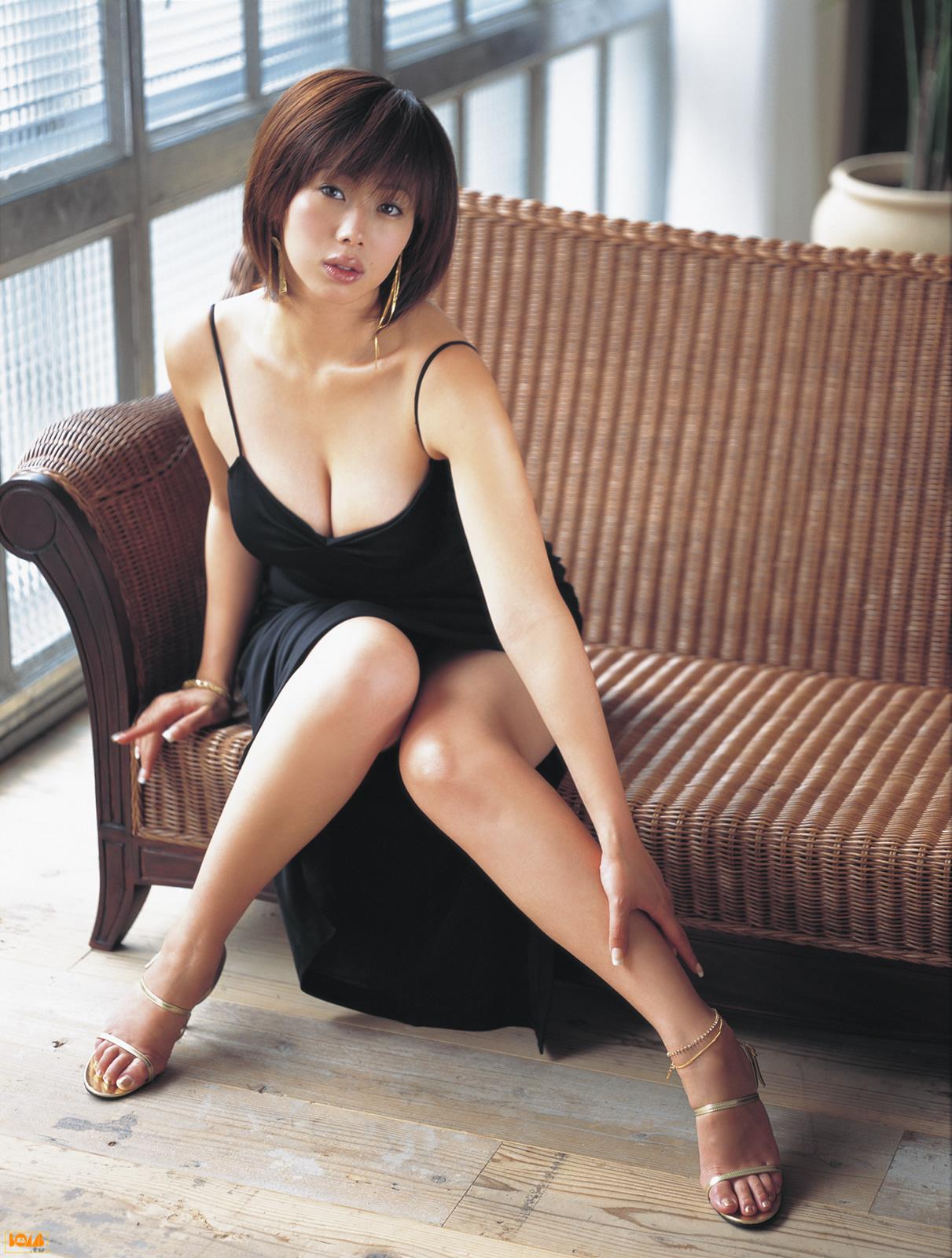 picture Waka Inoue (b. 1980)