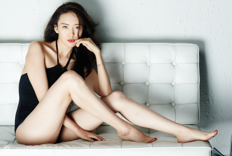 Pussy Feet Claire Guo  naked (86 photo), YouTube, lingerie