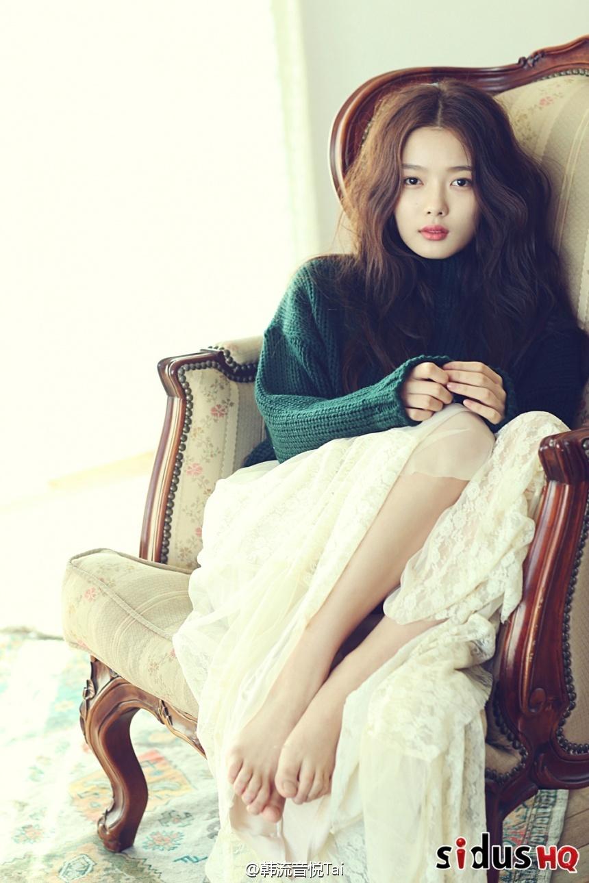 Feet Kim Yoo Yeon naked (69 foto and video), Topless, Hot, Feet, cameltoe 2015