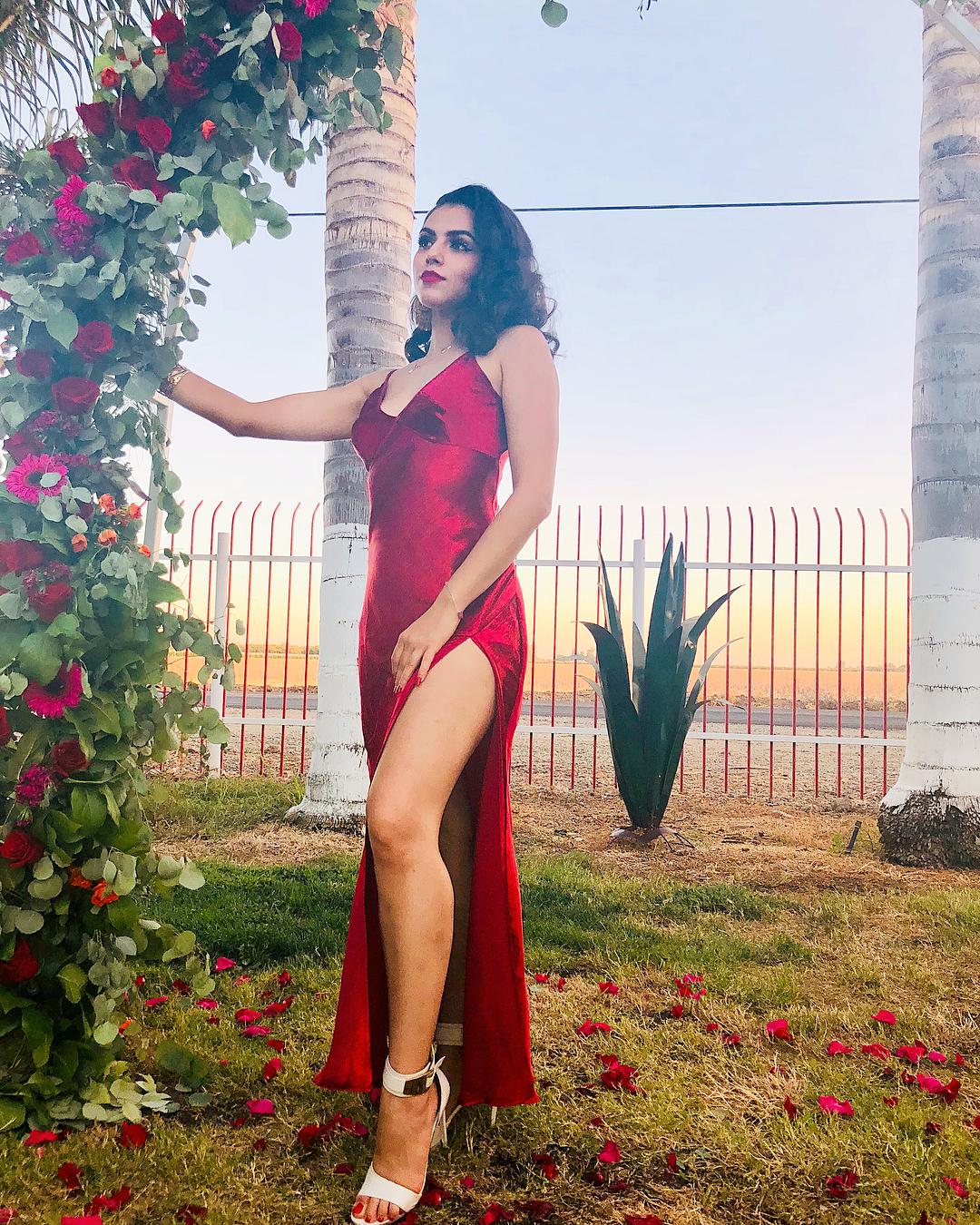 Angelina Assereto yvette santos's feet << wikifeet