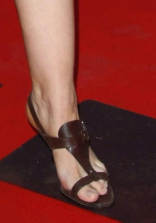 yvonne catterfeld feet