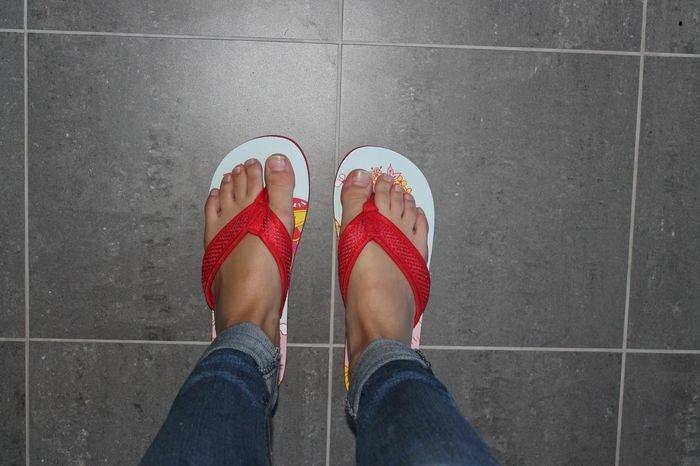 zara larsson feet