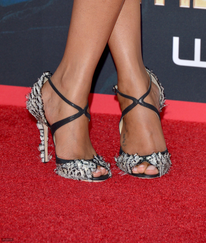 Zoe-Saldana-Feet-1405399 jpgZoe Saldana Feet