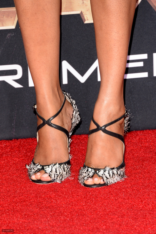 Zoe-Saldana-Feet-1405400 jpgZoe Saldana Feet
